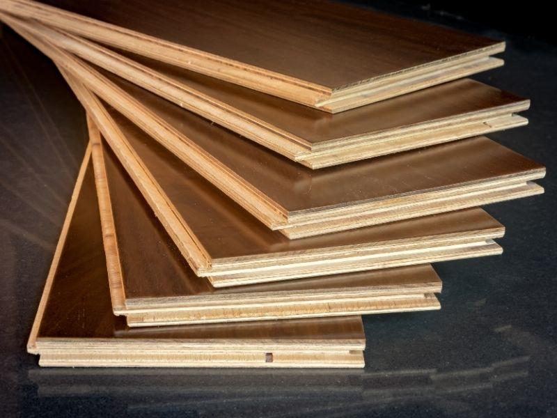 Engineered wooden floor